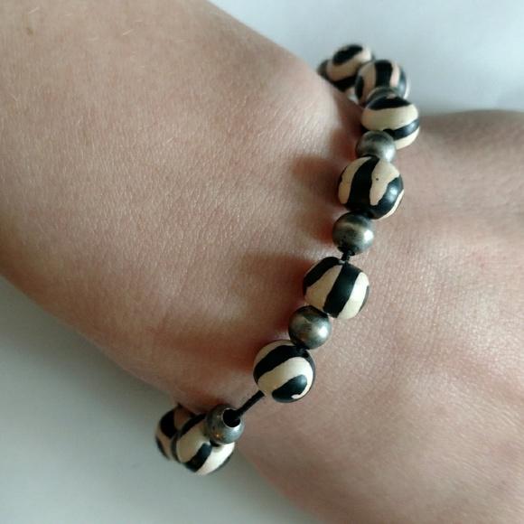 64ce9256c10 Bracelet Beaded Clay Beads Black White Swirl